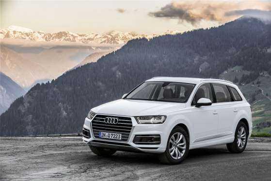 Audi Q7: фото обзор 1