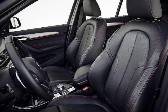 BMW X1: цена, фото, отзывы-интерьер1