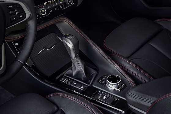 BMW X1: цена, фото, отзывы-интерьер3