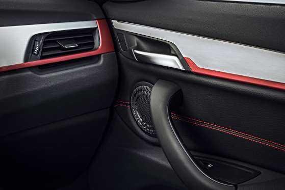 BMW X1: цена, фото, отзывы-интерьер4