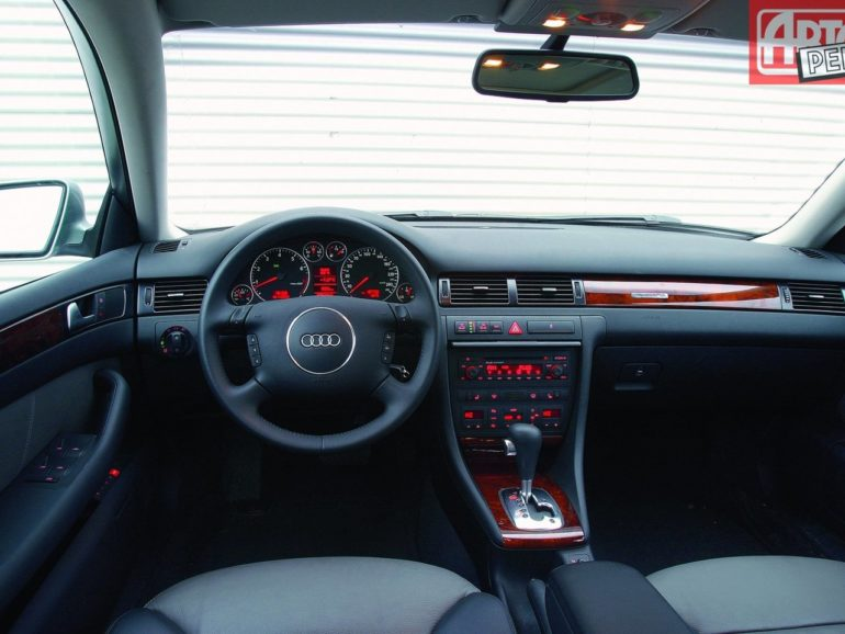 Audi А6 С5 - Опыт эксплуатации салон