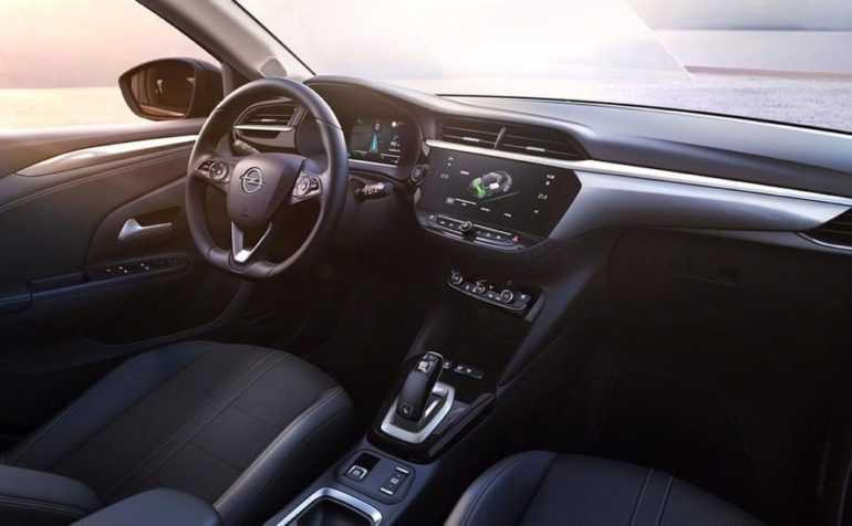 Салон Opel Corsa 2020