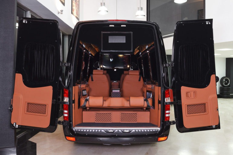 Электрокар Mercedes Benz Esprinter салон