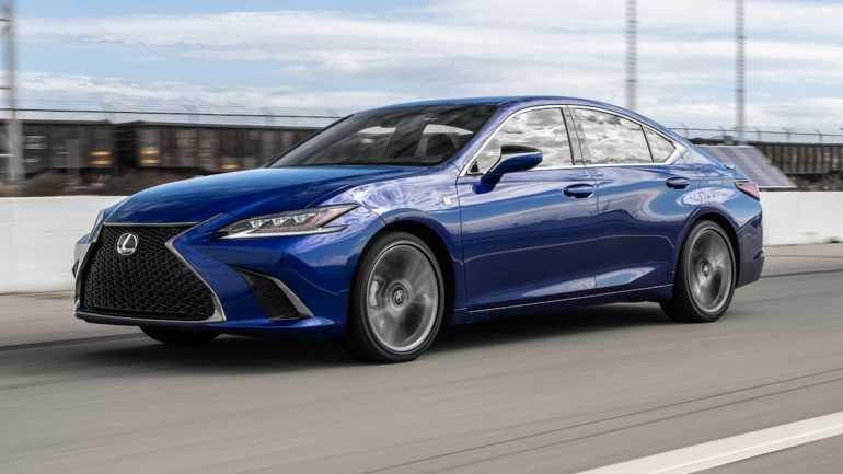 Lexus ES 350 2019 года