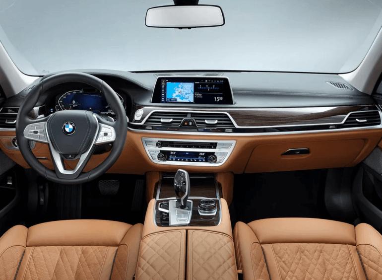 Салон BMW 7-series 2019 года