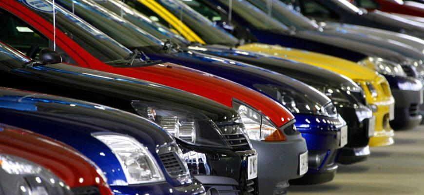 популярные бренды легковых авто в России