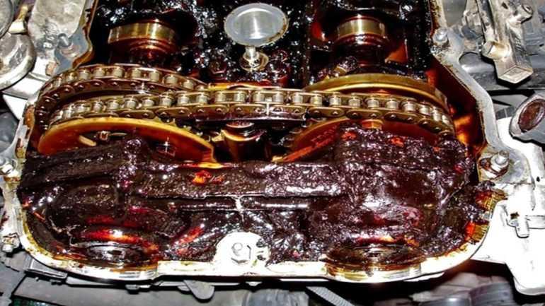 Промывка двигателя: Необходимость или вред
