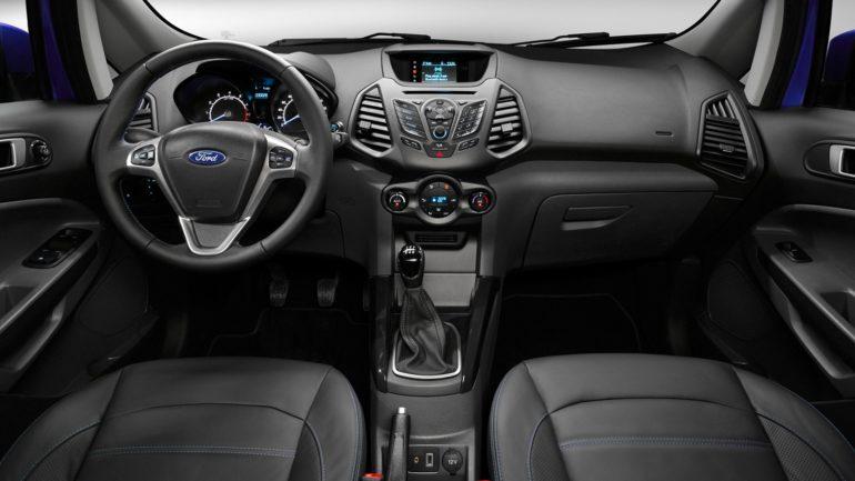 Кроссовер Ford EcoSport салон