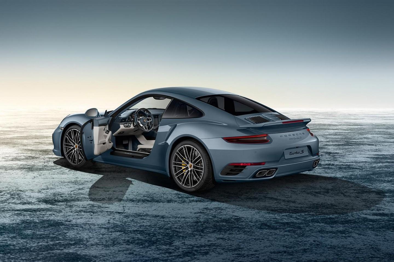 Модель 911 от Porsche